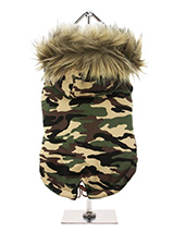 Forest Camouflage Fish Tail Parka - Our Forest Camouflage Fish Tail Parka pays homage to the guys and girls who made the parka popular, the Mods. Perfect for the dog that likes a bit of rough and tumble, a quality, multi-layered piece of clothing that will keep the heat in and the cold out. Our classic collection of camouflage coats a...
